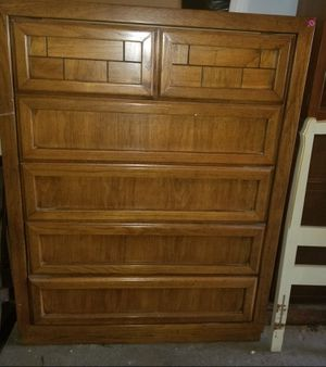 Five drawer tall dresser for Sale in Winter Haven, FL