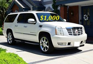 🍁$1,OOO Selling my 2OO8 Cadillac Escalade for Sale in Richmond, VA