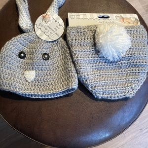 Newborn Hat and diaper cover for Sale in North Las Vegas, NV