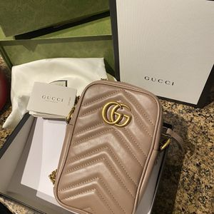 New Gucci Marmont mini bag for Sale in Costa Mesa, CA