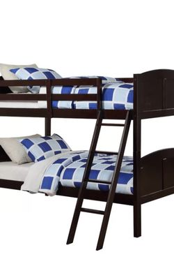 Twin Size Wooden Bunk Bed. Bunkbeds With Mattresses Included for Sale in Everett,  WA