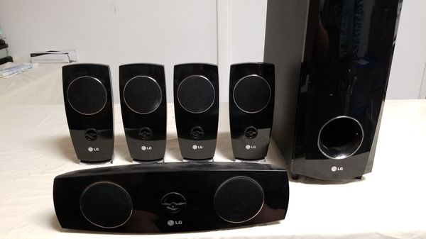 LG SURROUND SOUND SPEAKER SYSTEM for Sale in Oak Lawn, IL - OfferUp