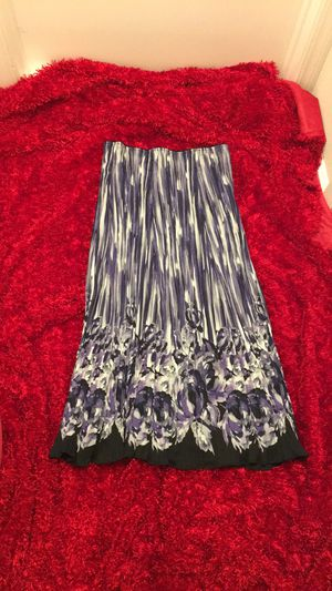 Long skirt size 12 for Sale in Richmond, CA