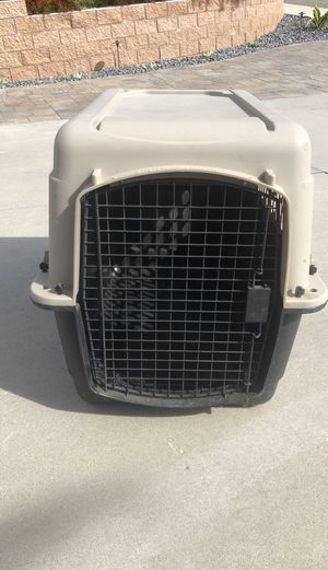Dog crate medium size for Sale in San Marcos, CA