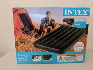 Intex Twin Air Mattress Bed with Battery Powered Pump. Outdoor for Sale in Bakersfield, CA