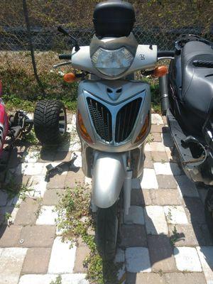 150cc Scooter for Sale in Riviera Beach, FL