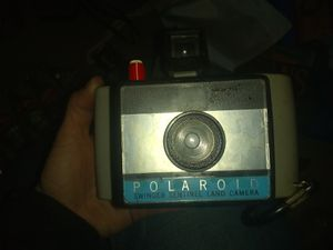 Pick up today!$10 vintage Polaroid swinger sentential land camera for Sale in Philadelphia, PA