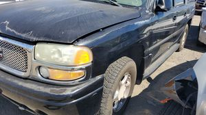 2002 GMC Yukon Denali parting out for Sale in Woodland, CA