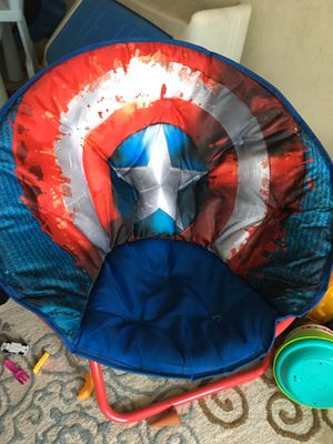 Captain America chair for Sale in Carpentersville, IL