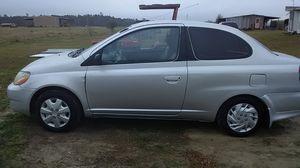 Toyota 34 miles to gallon for Sale in Iowa, LA