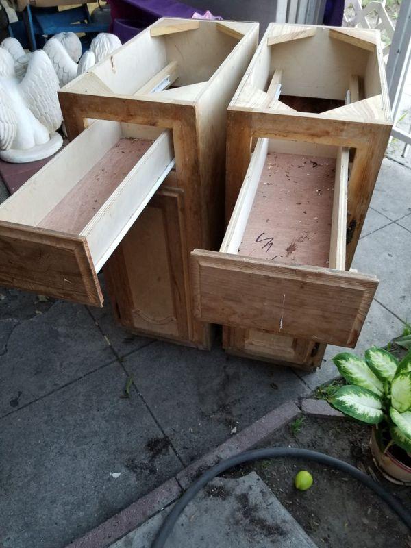 Wood kitchen cabinets/ Gabinetes de Madera