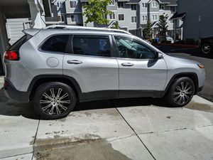 2014 JEEP Cherokee KL Latitude 4x4 V6 for Sale in Sandy, OR