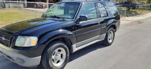 2003 ford explorer 5 5speed $2700 for Sale in San Antonio, TX