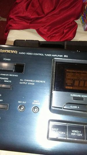 Onkyo R1 audio video control tuner amp for Sale in Fresno, CA