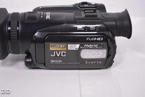 JVC GZ-HD7U Everio full HD 1920 1080 camcorder digital 60gb for Sale in San Diego, CA