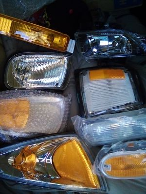 Multiple car headlights and fog lights etc.. for Sale in Fresno, CA
