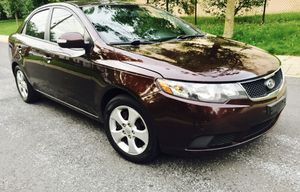 2010 Kia Forte : Keyless Entry • Clear Title • Like New Interior for Sale in MD, US