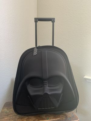 Disney Store Star Wars Darth Vader 3D Rolling Luggage Suitcase Light Up for Sale in Lathrop, CA