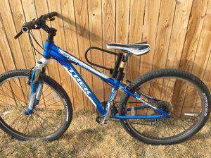 Mountain bike for Sale in Denver, CO