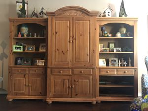 Entertainment Center- Broyhill for Sale in Plano, TX
