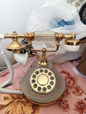 BEAUTIFUL vintage phone. for Sale in Diamond Bar, CA