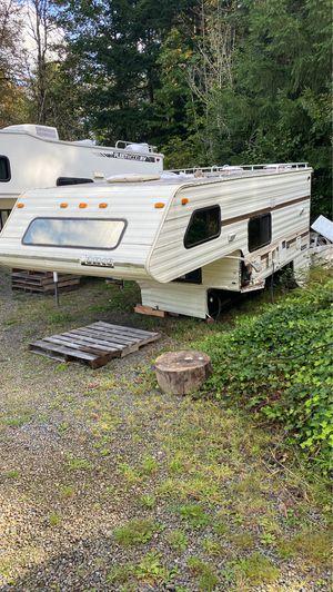 93 Lance camper for Sale in Centralia, WA
