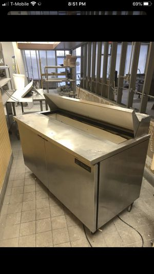True 2 door prep cold refrigerated table VERY CLEAN needs work for Sale in Orland Park, IL