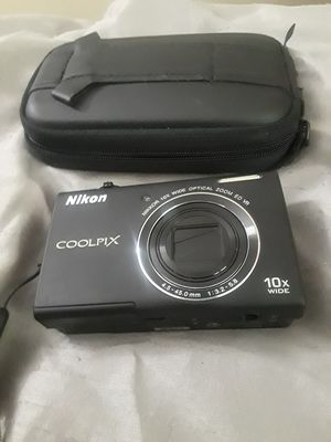 Nikon coolpix s6200 digital camera for Sale in Indianapolis, IN