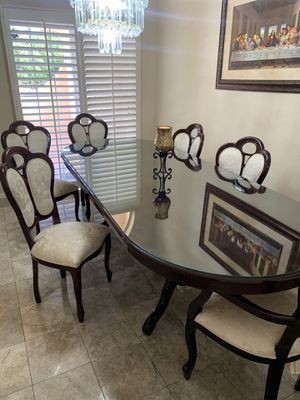 Victorian style Dining table with 6 chairs for Sale in Los Angeles, CA