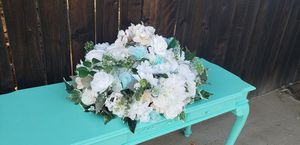 Floral centerpiece flowers for Sale in Wildomar, CA