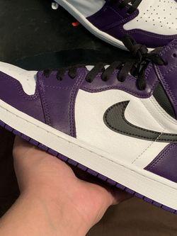 Jordan 1 Court Purple 2.0 size 9.5 for Sale in Houston,  TX
