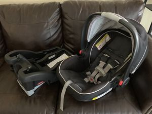 Graco snugride click connect infant car seat for Sale in Gilbert, AZ
