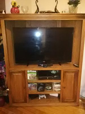Entertainment center for Sale in Hastings, NE