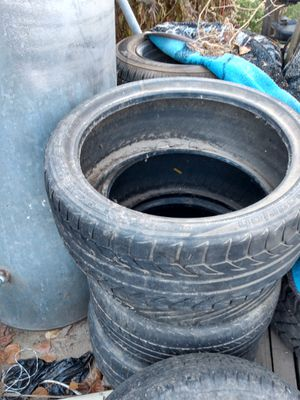 17 tires for Sale in Dinuba, CA