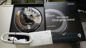 💯% Authentic Samsung wireless fast charger stand with cable included for Samsung galaxy and Apple iPhone. FIRM ON PRICE. for Sale in Orange, CA