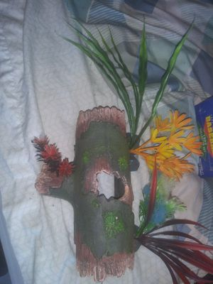 Fish tank decorations for Sale in Lake Worth, FL