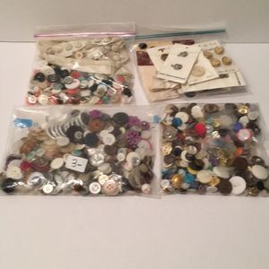 $3 each Bag of buttons plastic metal fabric lace some new for Sale in Sebastian, FL