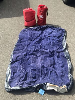 2 sleeping bags and twin air mattress for Sale in Yalesville, CT