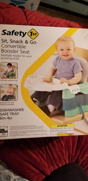 Safety 1st-sit, snack, and go booster seat for Sale in Glendale, CA