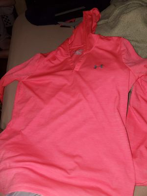 Under armor light hooded sweatshirt for Sale in Johnstown, OH