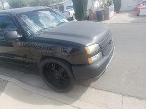 Chevy Silverado 2004 for Sale in Corona, CA