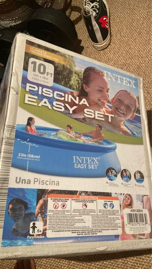 Intex Easy Set Pool 10ft x 30ft for Sale in East Hampton, NY