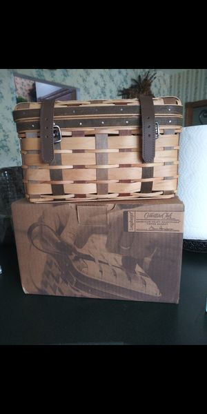 Longaberger CC Collection Club Trunk for Sale in South Amherst, OH