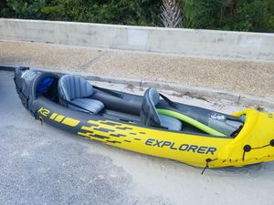 Intex inflatable 2 person kayak with oars and pump for Sale in Sarasota, FL