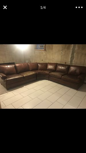 Couch sectional for Sale in Chicago, IL
