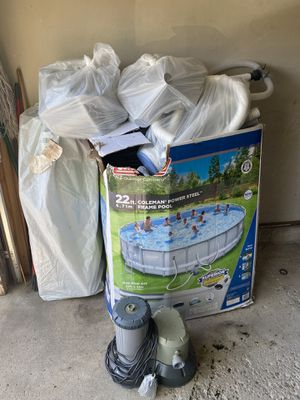 22ft Coleman Pool (Steel Frame) for Sale in Round Lake, IL