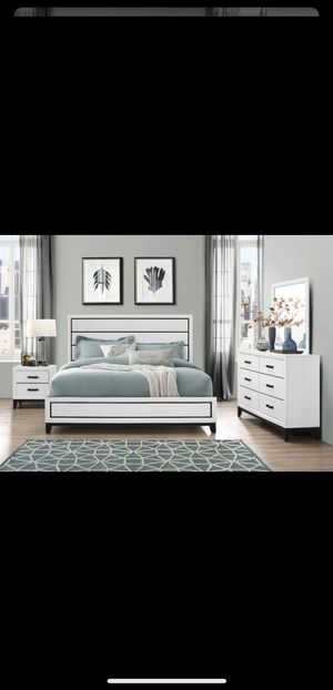 Breaks new solid wood bedroom set on sale for $699 we deliver visit us! for Sale in Queens, NY