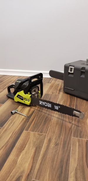 Ryobi 18in gas two stroke chainsaw for Sale in San Diego, CA