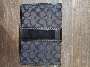 Black & gray Coach wallet for Sale in Chicago, IL