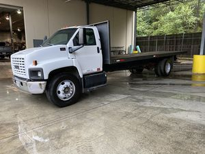 GMC C6500 03 Flatbed for Sale in Sugar Hill, GA